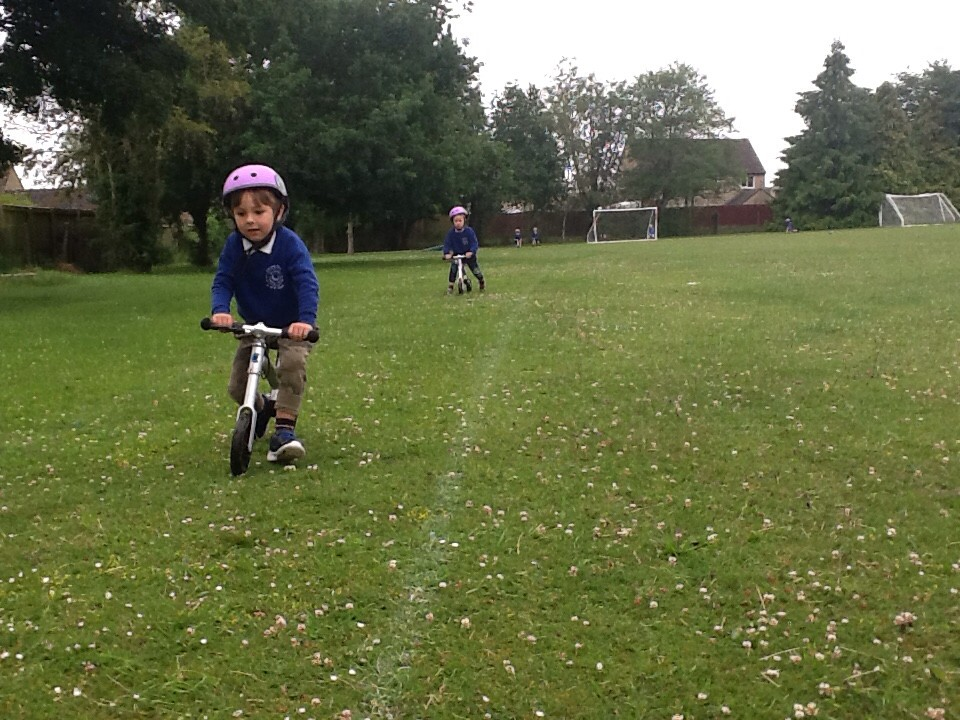 Balance-bikes-around-the-field